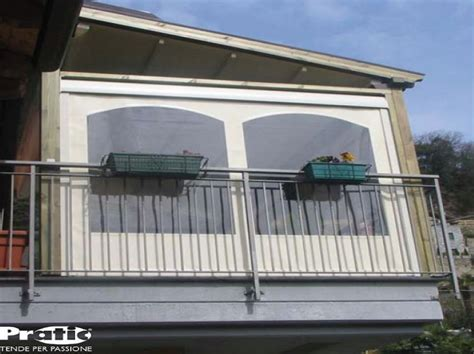 terrazzo chiuso chiusura balcone in pvc tende antipioggia per balconi