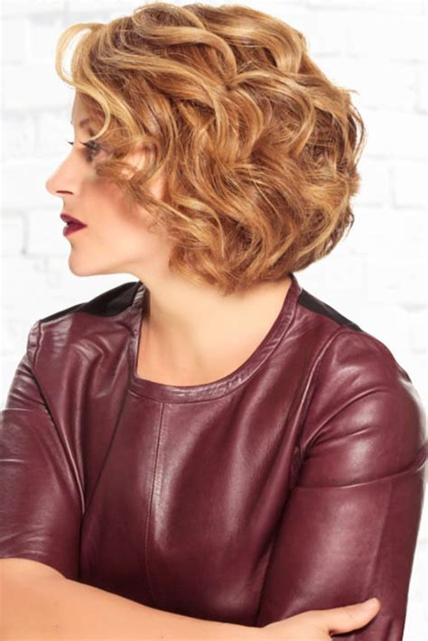 medium hairstyles for moms 42 mother of the bride hairstyles weddings hair style