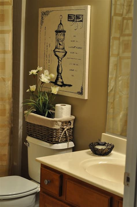 bathroom ideas decorating pictures the bland bathroom makeover reveal the small things