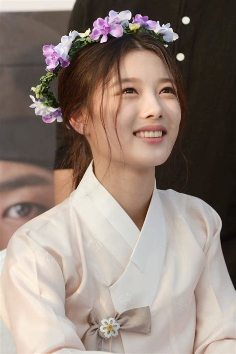 pictures moonlight drawn  clouds fan meeting