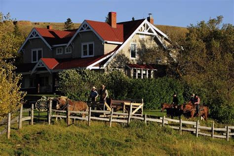 farmhouse ranch slideshow 10 canadian farm stay and ranch vacations