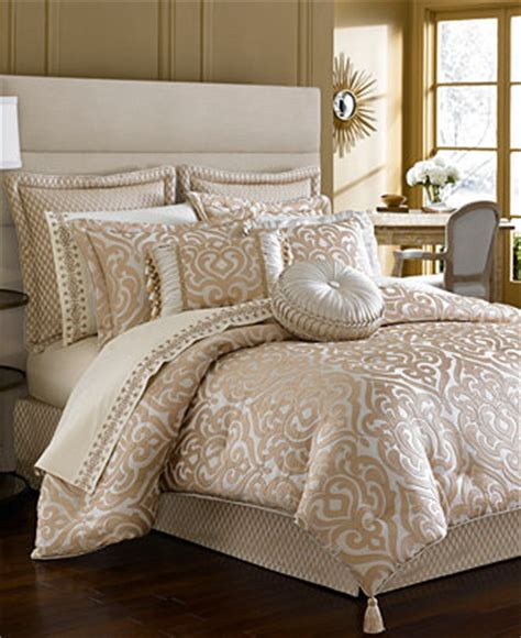 macy s clearance bedding closeout j queen new york buckingham comforter sets