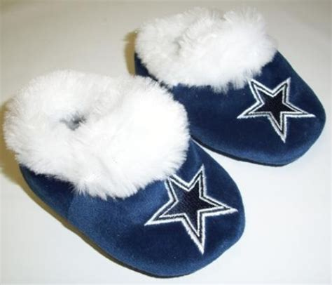 dallas cowboys house slippers slippers dallas cowboy stuff slippers