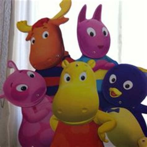 Backyardigans What Of Animals Are They 1000 Images About The Backyardigans On