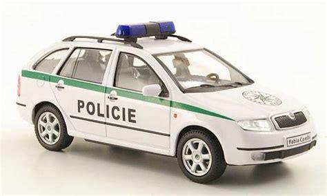 Auto Kaufen Tschechien by Skoda Fabia Policie Polizei Tschechien Abrex Modellauto 1