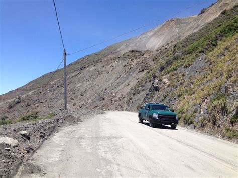 Current Traffic On Pch - california s scenic pacific coast highway buried by landslide wxyz com