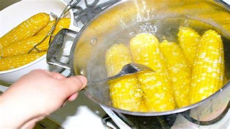 inilah  khasiat air rebusan jagung buat sembuhkan