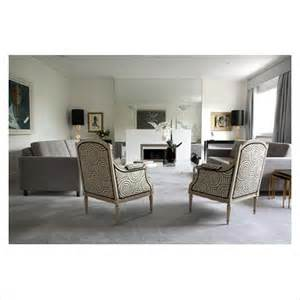 gap interiors classic living room with grey carpet
