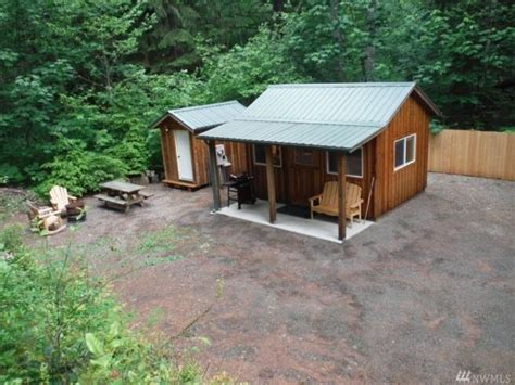 200 Sq Ft Cabin by 200 Sq Ft Tiny Cabin For Sale In Hoodsport Washington