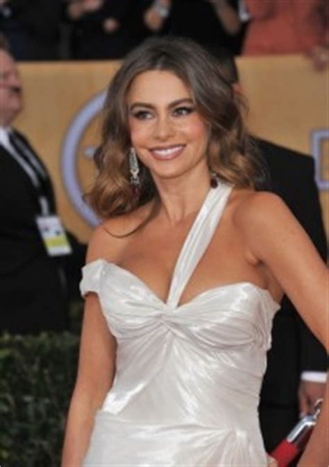 kelly from modern family live sofia vergara terry crews who wants to be a