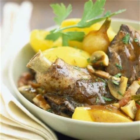 cuisiner du coq top 20 des meilleures recettes de plats traditionnels