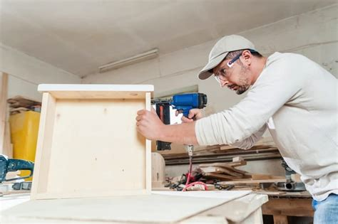 Cabinet Maker by Top 5 Tips On How To Choose The Right Kitchen Cabinet Maker