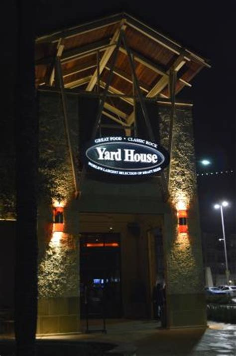 the yard house san antonio la entrada picture of yard house san antonio tripadvisor