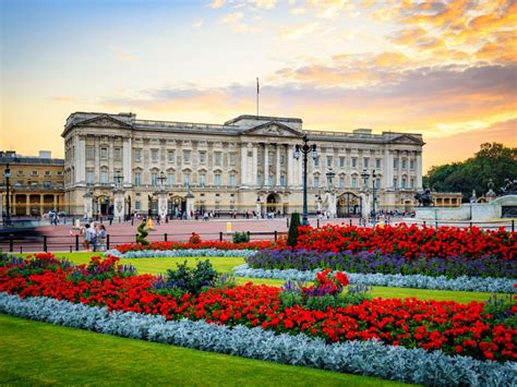 the best places in buckingham palace big buckingham palace emergency meeting reason details