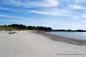 Dozen great maine beaches to explore this winter maine