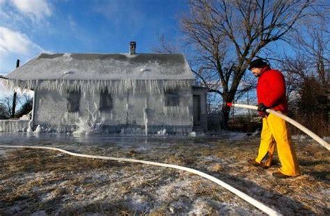 frozen house frozen house 8 pics