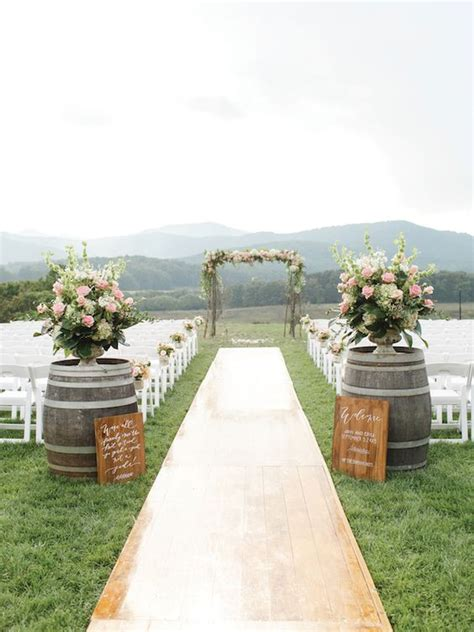 Wedding Aisle Or Isle by 100 Awesome Outdoor Wedding Aisles You Ll Outdoor