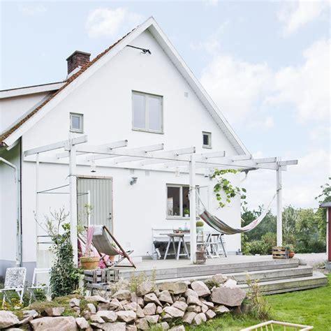 Veranda Vorhänge by En L 228 Ttbyggd Pergola Till Uteplatsen Hus Hem