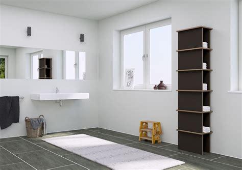kleine wohnung einrichten intelligente wände drehbares badregal mit spiegel goetics gt inspiration