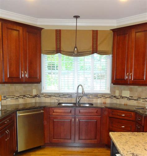 ideas for kitchen window treatments window treatments for kitchen ideas homesfeed
