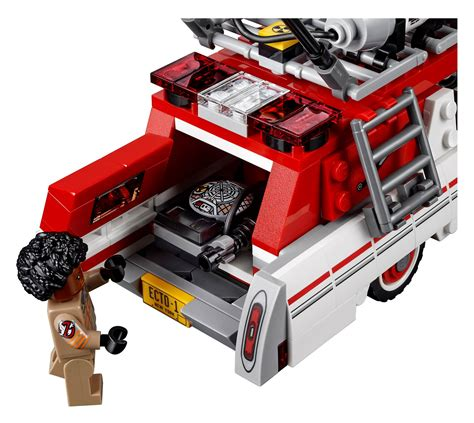 who you gonna call lego unveils new 75828 ghostbusters