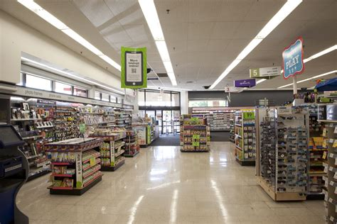 Lighting Fixture Store Vibrant Ge Retail Lighting And Energy Efficiency Fills Walgreens Prescription Ge Lighting