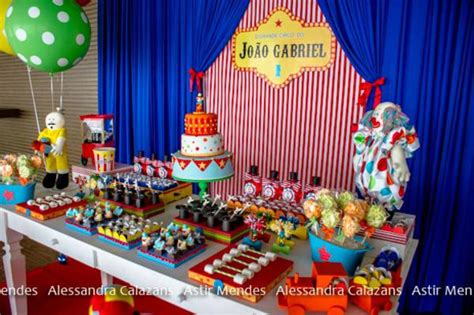 circus themed birthday decorations kara s ideas circus carnival via kara s
