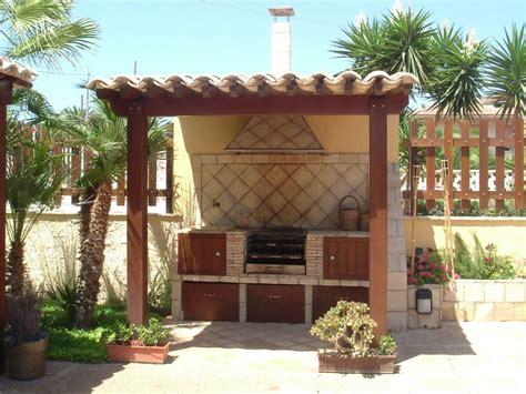 tettoia in muratura idee barbecue in muratura giardino e in muratura dubai