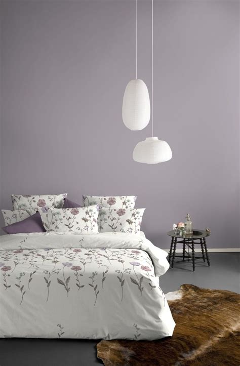 lavender bedroom walls radiant orchid pantone 2014 color of the year mauve