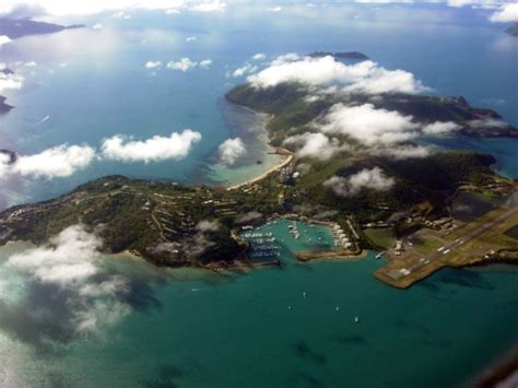 cairns to hamilton island by boat hook island holiday accommodation attractions