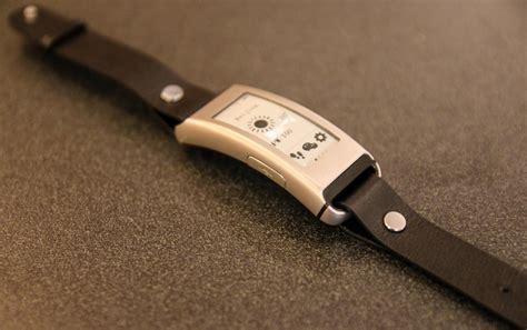 Jam Tangan Vivofit ini jam tangan pintar lenovo vibe band rp1 jutaan okezone techno