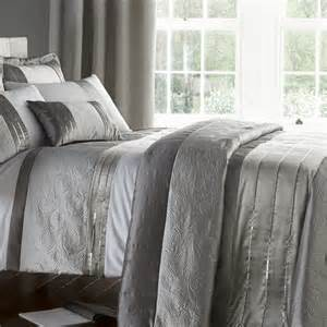 Bedroom Curtains And Duvet Sets Gatsby Silver Bedding Duvet Sets Bedding Linen4less