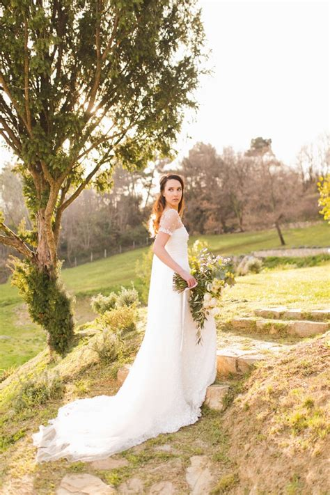 small intimate weddings in styled shoot in tuscany intimate weddings small wedding diy wedding ideas