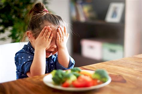 alimentazione vegana per bambini dieta vegana fai da te pericolosa per i bimbi dissapore