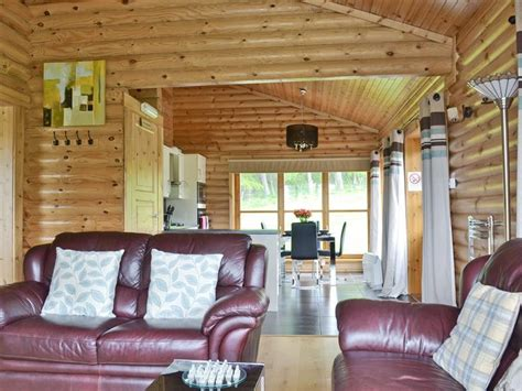 2 Person Log Cabin by Ashknowe Log Cabin From Hoseasons Ashknowe Log Cabin Is