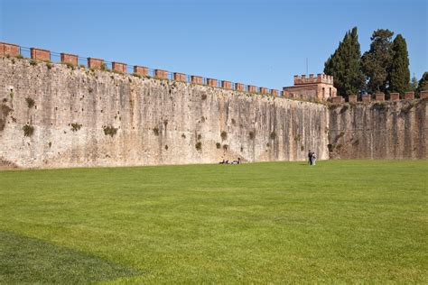 City Wall file pisa city wall jpg wikimedia commons