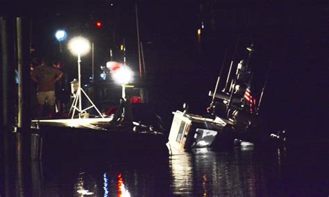 lewes fire boat lewes fire and rescue boat sinks in broadkill river cape