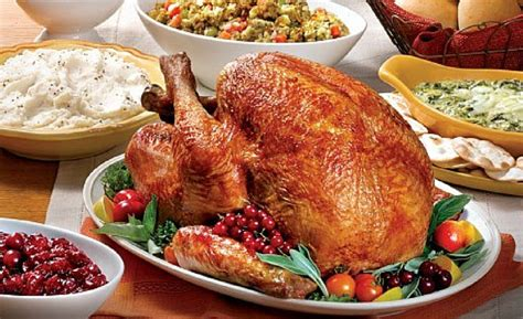 thanksgiving dinner planning how much to serve whole restaurants open thanksgiving day 2014 enjoy a buffet or