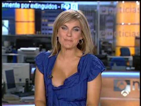 News Anchor Wardrobe Malfunction | women sports wardrobe mishaps click here xcommie