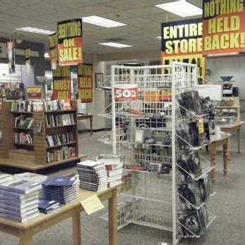walden books uk waldenbooks waldenkids closed warwick mall warwick
