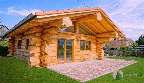 holzhaus zum wohnen kaufen ein dach f 252 r ein echtes kanadisches blockhaus die