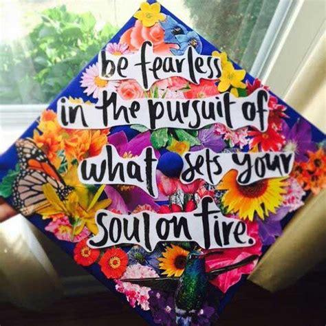 how to decorate graduation cap 25 of the prettiest diy graduation caps you ll ever see decorated graduation caps internet