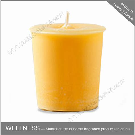 billige kerzen cheap yellow beeswax pillar candle buy decorative pillar