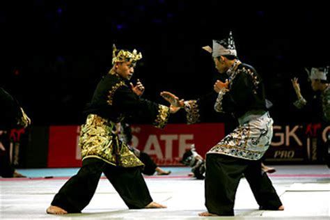 Wayang Pencak Silat malaysian and culture 7 cups forum