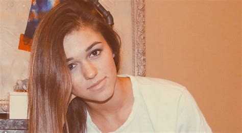 country music videos with duck dynasty duck dynasty s sadie robertson needs our prayers hope for