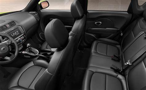 jeep renegade leather interior 2015 jeep renegade vs 2015 kia soul comparison review by