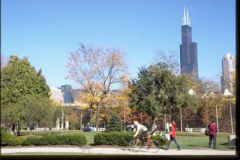 Uiuc Mba Fees by The Of Illinois Chicago Studentsreview