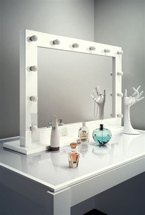 hollywood bathroom mirror high gloss white hollywood make up theatre dressing room