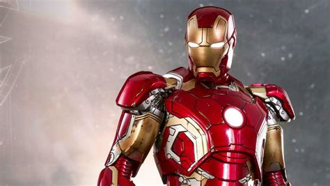 Kaos Ironman Disain Ironman 17 iron s xliii armor for age of ultron