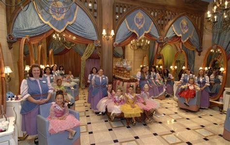 Bibbidi Bobbidi Boutique: onde as meninas viram princesas